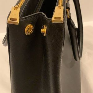 Prada Bags - Prada Galleria Medium Saffiano Leather Handbag NEW